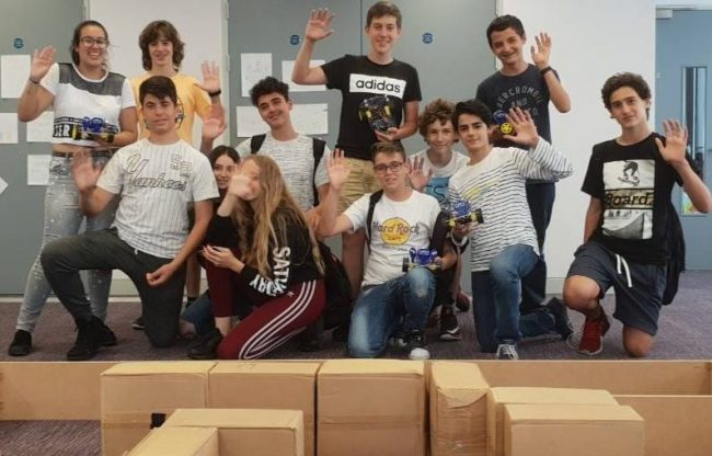 Team of students oon English, Robotics and Coding summer camp