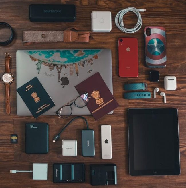 study abroad tips, what to pack - electronics